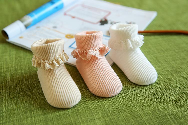 The new loose socks export lace cartoon three double socks baby socks socks