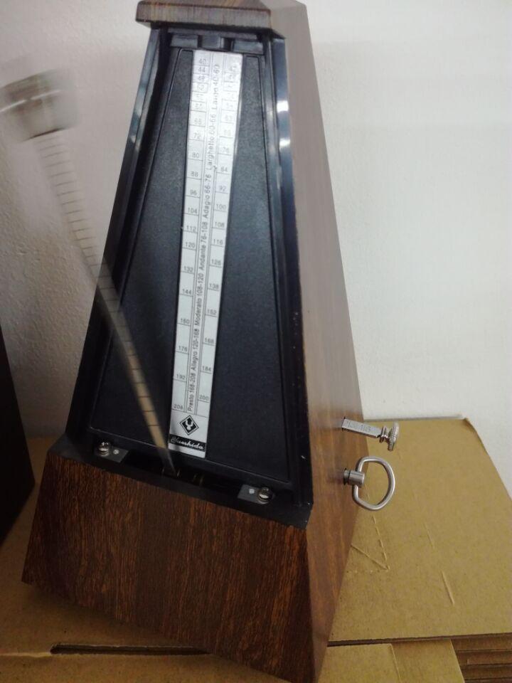 Wholesale Price Pyramid Metronome Music Mechanical Metronome mahogany color Music Metronomes for Piano Violin Guitar metronome