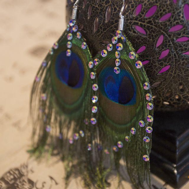Creative earrings, diamond earrings, Peacock Feather Earrings exquisite