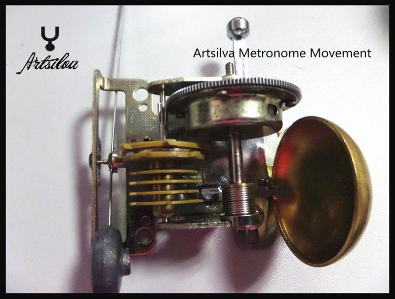 Wholesale Plastic Pyramid traditional Music Mechanical Metronome mahogany color Music Metronomes for Piano Violin Guitar metronome