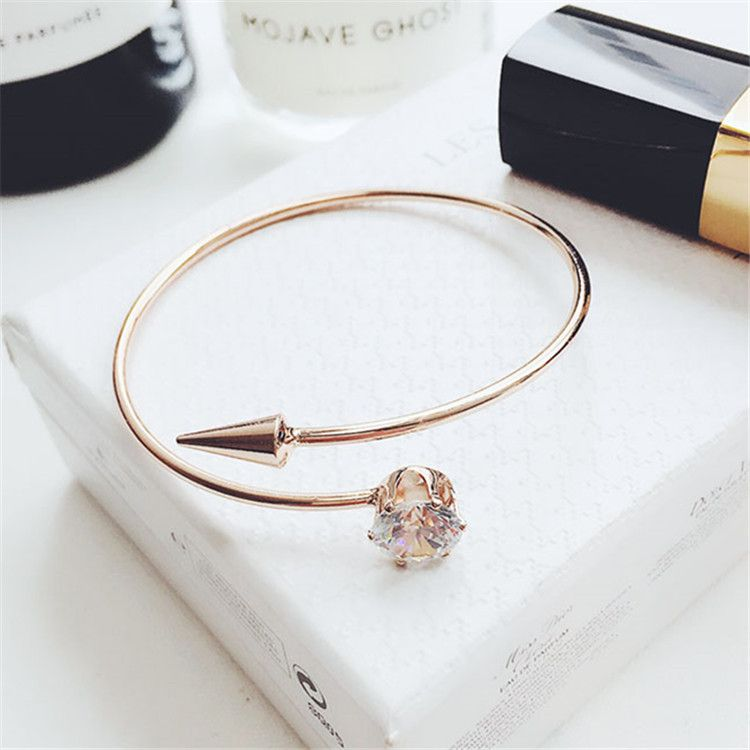 Free Shipping (1pc)Fashion Simple Small Tail Nail Bracelet Individuality Open Mouth Zircon Bracelet Two Color for Choice Rose Gold or Silver