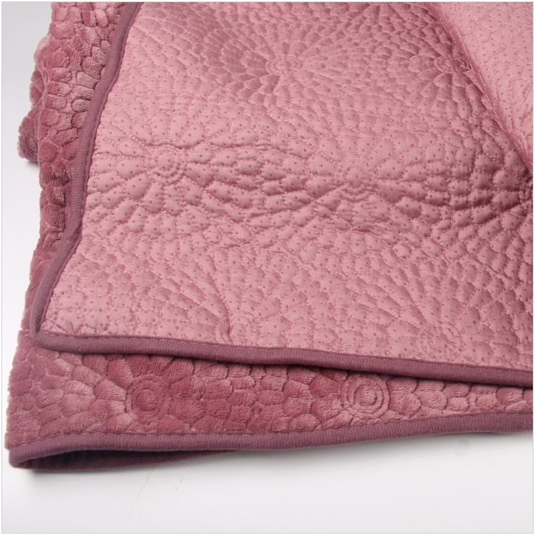 2018 new kind hot sale high quality environmental skidproof caroest bed sheet