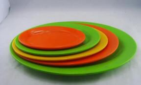 good Plastic dishes look good and are worth buying and customizing