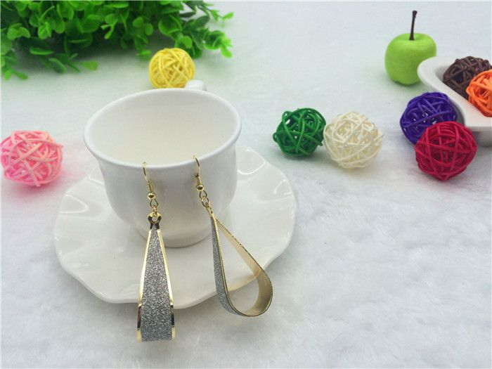 Free Shipping 3 Color Hot Sale Drop Ear Cuff For Girl Retro Dribbling Rock Club Party Sparkle Earring Minimalist Women Jewelry