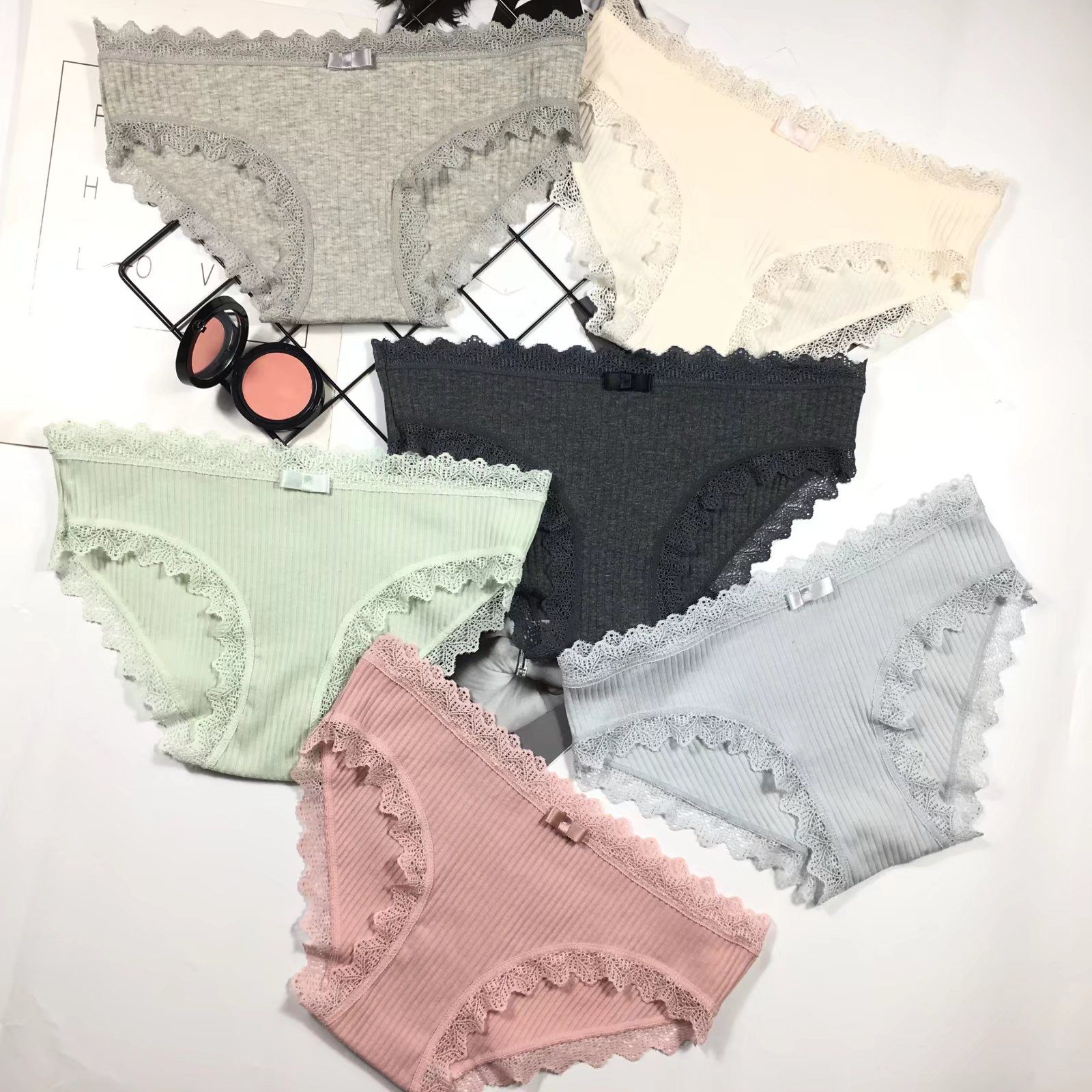 2018 New Fashion Underwear Sexy Lace Pure Cotton Women's Panties Hot Low Waist Briefs Girls Lolita Style Panties