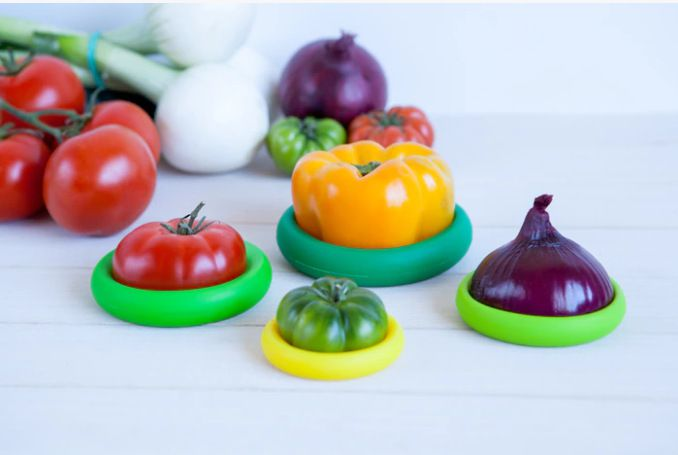Reusable Silicone Food Savers Food Huggers Fruits and Vegetables Storage Containers 4 Sizes Packing Random Color