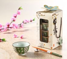 Creative Porcelain Japanese Rice Bowls and Chopsticks Set of 4 in Gift box Hand Painted Sakura Pattern Wedding Favors