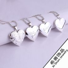 Silver color Heart-shaped stainless steel pendant necklace for women can be opened to put photo into necklace