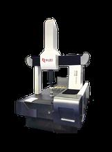 High accuracy bridge type Coordinate measuring machine