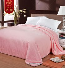 pure mulberry silk quilt 100% cotton pink stripe four seasons comforter silk blanket pure silk comforter 100% cotton china quilts blankets