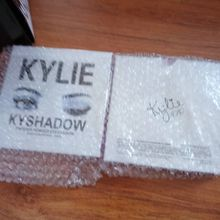 in stock!! Kylie Cosmetics Jenner Kyshadow eye shadow Kit Eyeshadow BRONZE and BURGUNDY Palette Preorder Cosmetic 9 Colors Free Shipping