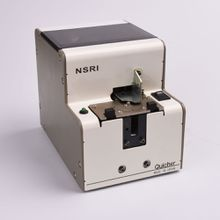 Automatic Rotary screw dispenser for M2.0 screw Quicher NSRI-20, with air suction electric screwdriver for automatic assembly
