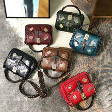 Autumn and winter new women's bag fashion retro wild handbag shoulder Messenger bag chain small square bag Ms