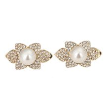 2017 fashion jewelry earring flower pearl Design Style Jewelry Alloy 18k Plated characteristic earring stud