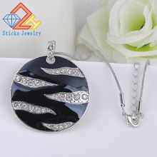 Charm Statement Necklace Environmentally Friendly Materials Enamel Pendant Necklace