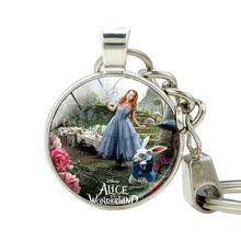 Alice in Wonderland Key Holder Alice Keychain Mad Hatter Cartoon Avatar Photo Pendant Keychains