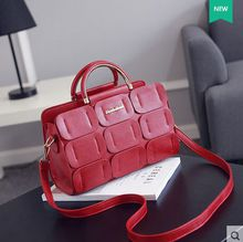 2016 Hot Sale Shoulder Bags Black New Trend Version of Lady Bags, Handbags, Fashion Bag, Leisure Bag. Size Has Two Kinds of Specifications.