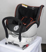 Two-sided cavaliers 0-4 years old car safety seat
