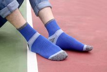 COOL!Profession Softness quality guarantee Outdoor foot anti-odour sweat movement add thick short tube climbing socks Three color optional