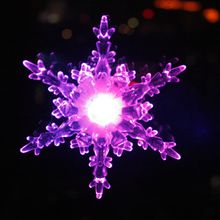 Snowflake ornament Batttery operated LED light up decoration Colour Changing LED Snowflake Lights with Suction Pads Christmas ornament